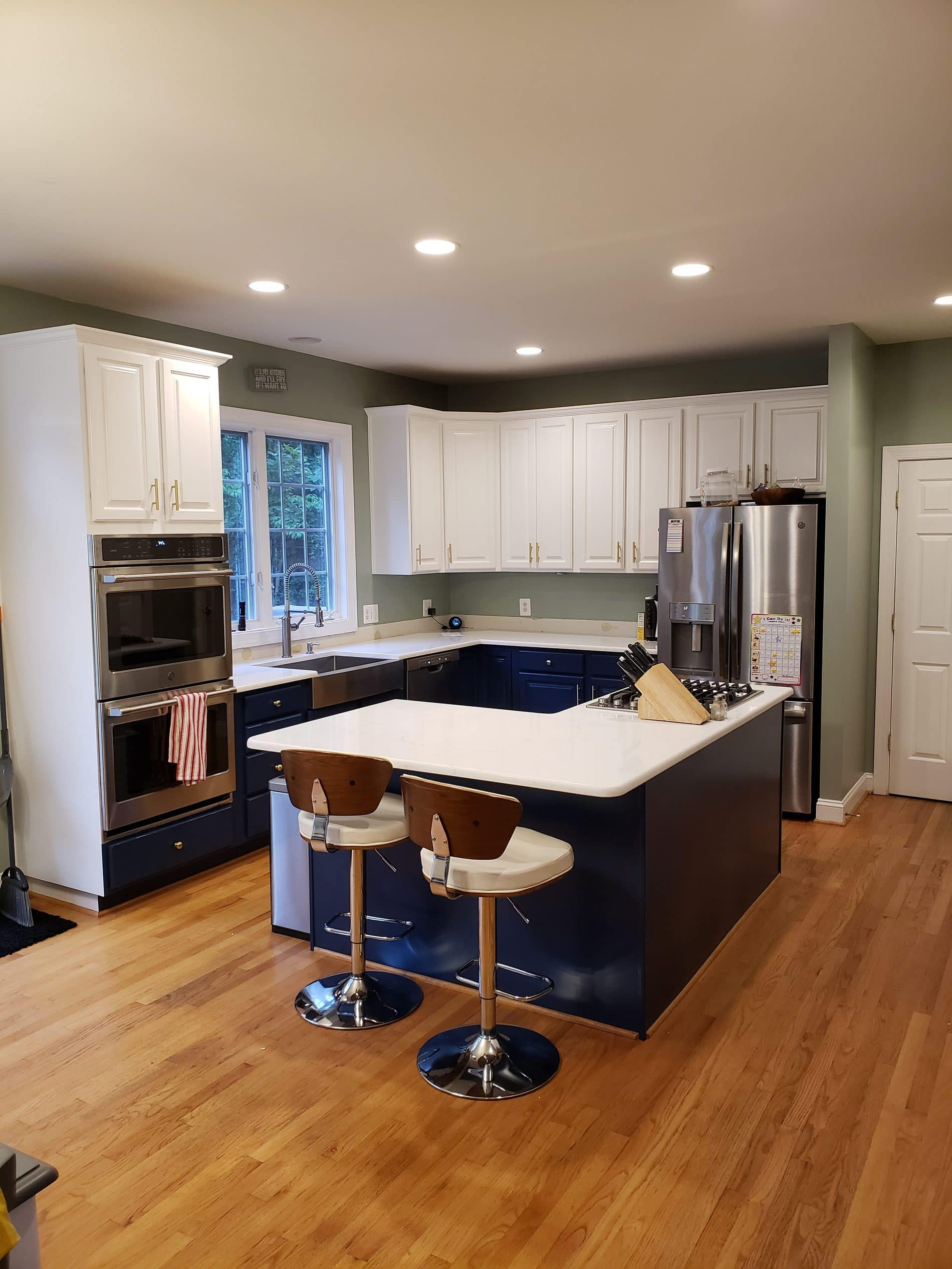 Cabinet painting and refinishing in Chantilly